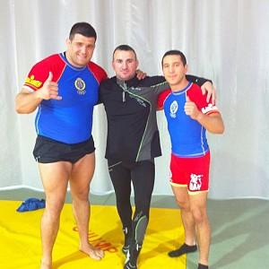 METO KODAKOV con D. Juan Espino campeón del mundo de Grappling y D. Francisco Alcalde sup campeón del mundo.