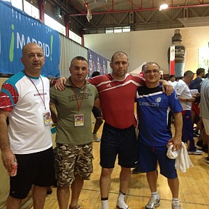 METO KODAKOV junto con Equipo Nacional de Azerbaijan