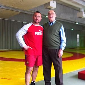METO KODAKOV junto con el Presidente de la Federación Española de Luchas Olímpicas - D. Ángel López Rojo
