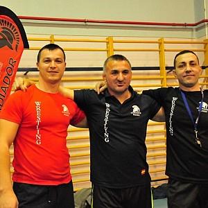 Meto con algunos de nuestros entrenadores: Alexe y Sezgin